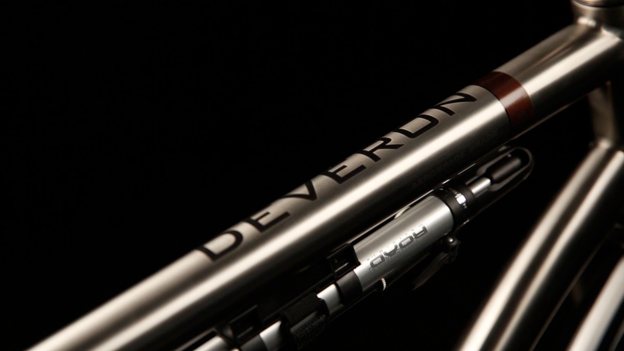 Van Nicholas Deveron Pinion 29er Titanium Top Tube Thumbnail